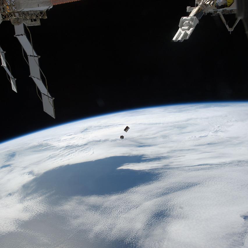 「きぼう」から超小型衛星3機を11月20日(水)に放出する予定です