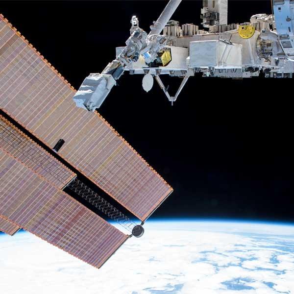 「きぼう」から超小型衛星2機を6月22日(火)に放出する予定です