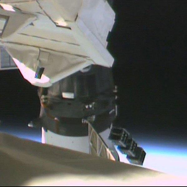 「きぼう」から超小型衛星4機放出に成功!